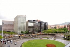 Caminem cap a la independència travessa la plaça Cerdà