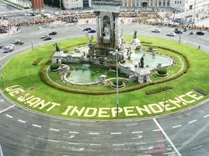 """Via Catalana 2013: el millor lema a la plaça Espanya, """"We want independence"""""""