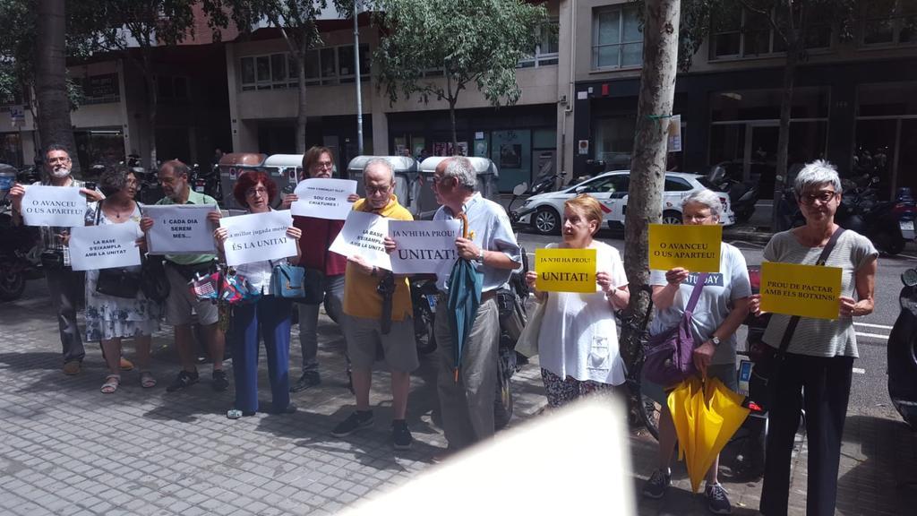Ja n'hi ha prou! Exigim Unitat - Assemblea Nacional Catalana